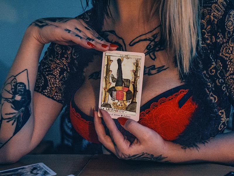 Tout savoir sur le tarot divinatoire